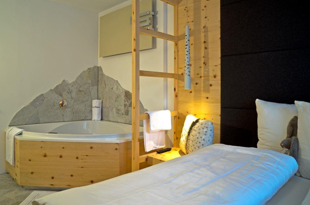 holidayflat with whirlpool dolomites